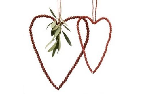 Rødt hjerte i træperler. Lille.
